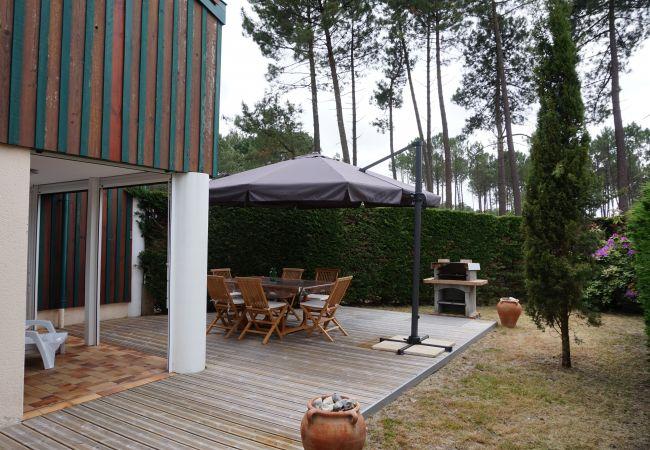 Ferienhaus in Biscarrosse - 033 - 45 VILLAS DE NAVARROSSE