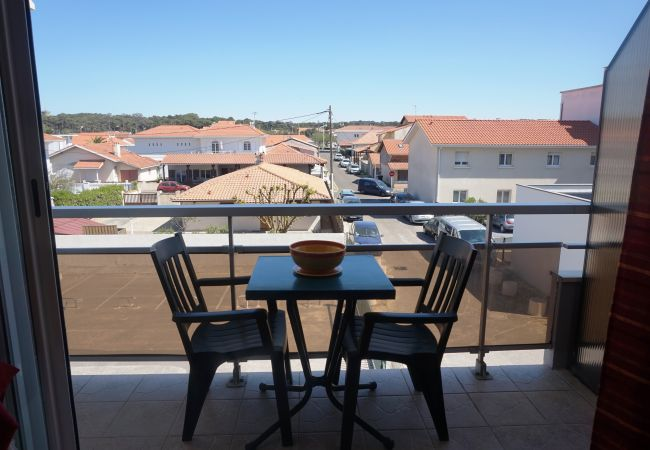 Studio in Biscarrosse - 004 - 112 RES LES SABLES