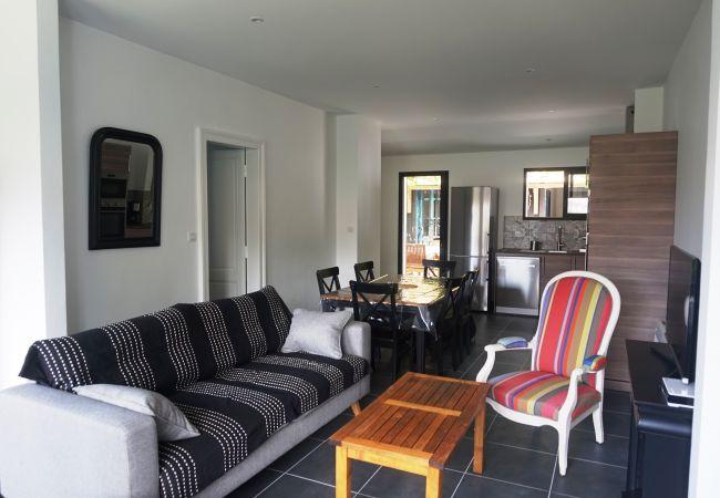 Ferienhaus in Biscarrosse - 093 - 29 RUE DES ECUMES